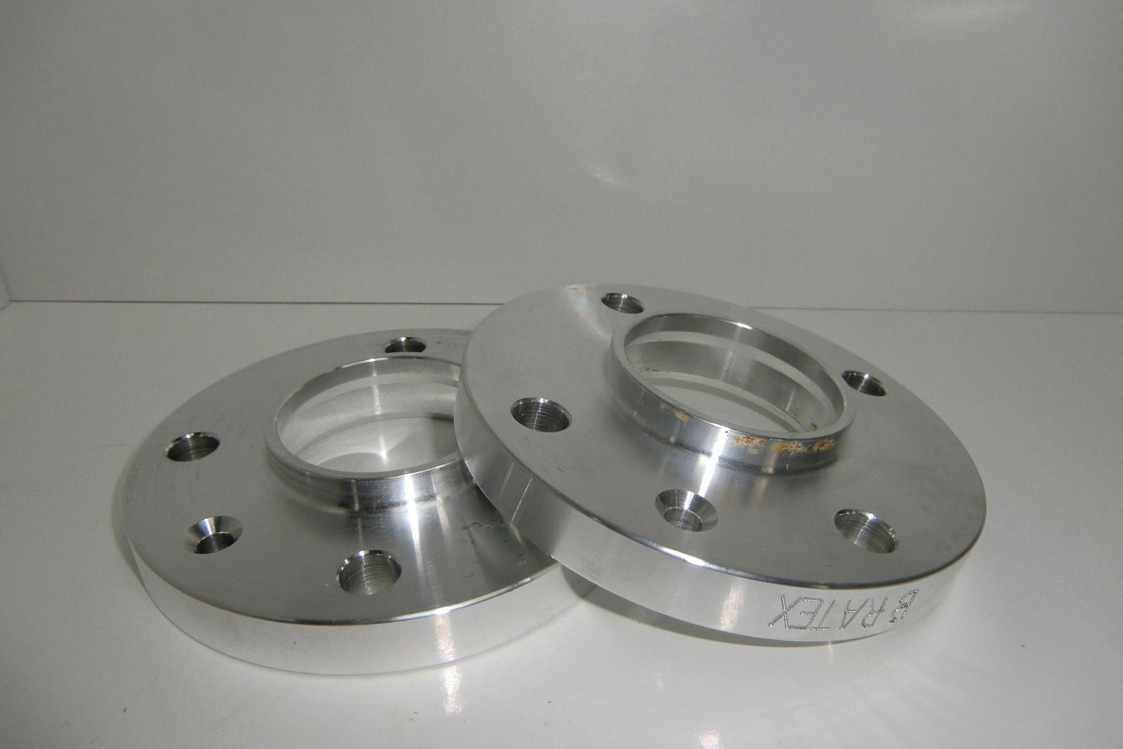 ELARGISSEURS DE VOIE ALUMINIUM 5 TROUS 20 mm