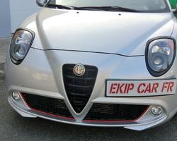 EKIP CAR FR covering noir mat sur enjoliveurs de phares et calandre en noir mat + recouvrement bas de pare choc en rouge